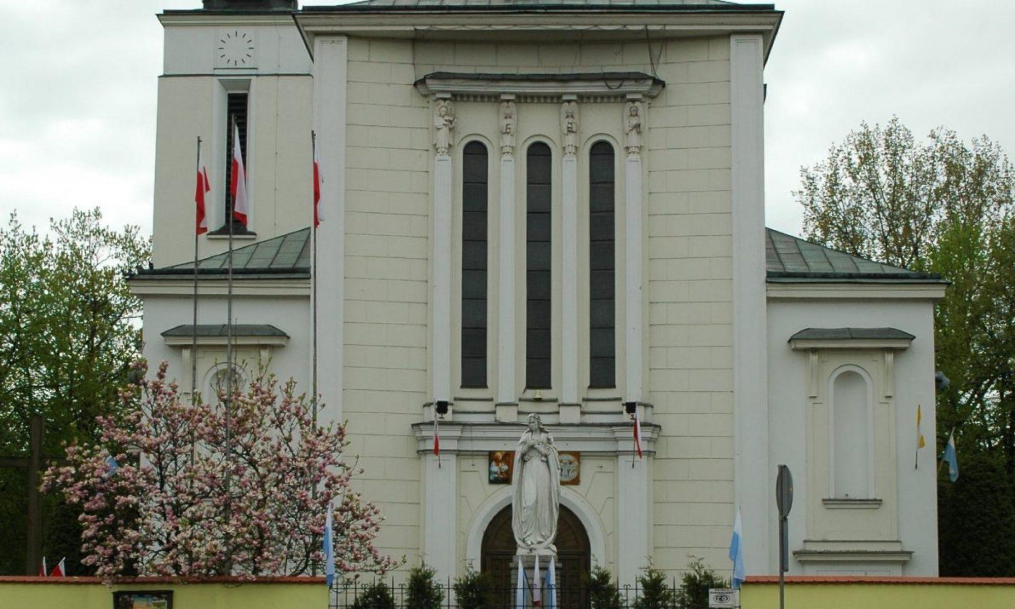 Parafia p.w. Matki Bożej Królowej Polski w Jabłonnie